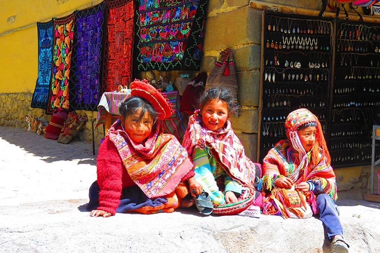 Peru - Peruvian Children Traditional Dress