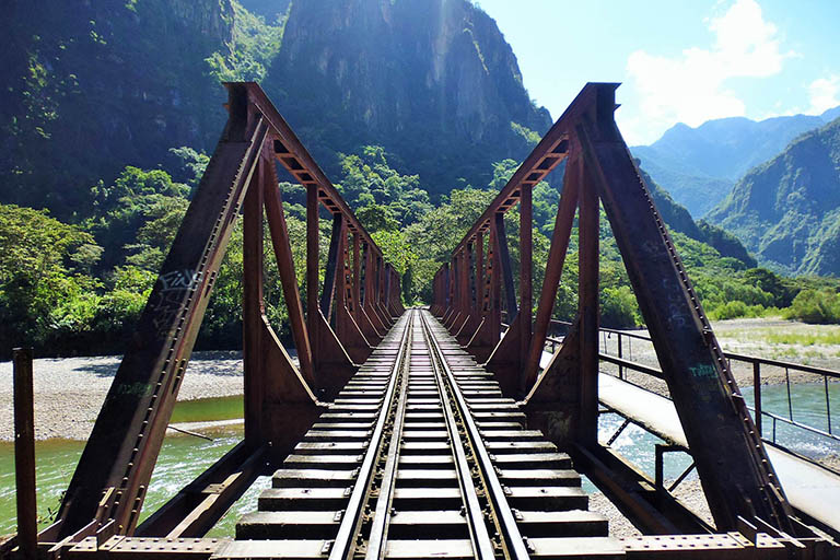 Peru - Urabamba River Rail Bridge