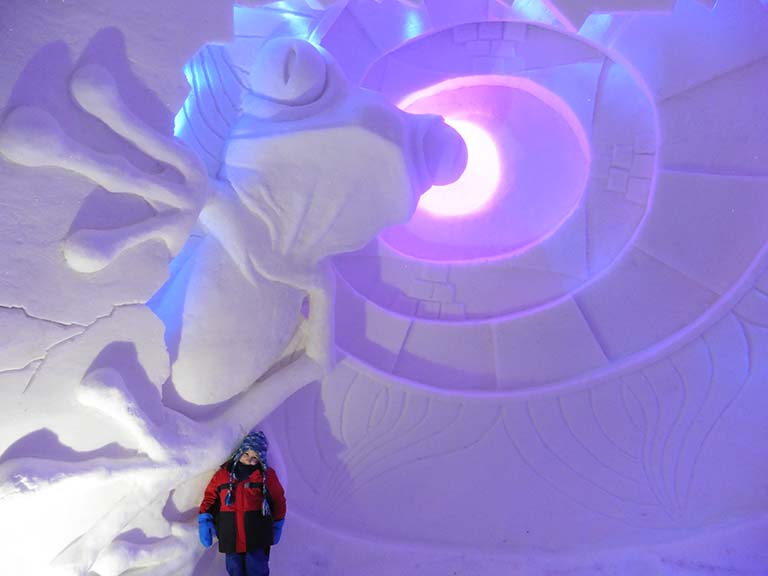 Lapland - Ice hotel SnowVillage - Ice Sculpture